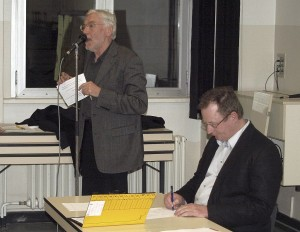 Peter Lexen (links):  ''Zwangsbedingungen'' müssen akzeptiert werden